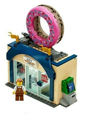 LEGO City Donut & Coffee Store & Minifigure Train Town Scenery 60197 60198 NEW