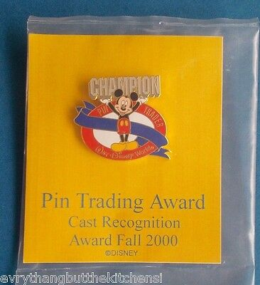 Wdw Disney First Cast Pin Trading Champion Award Pin   Red Fall 2000 Pp # 4309