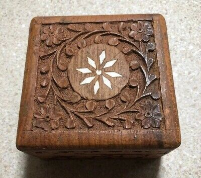 #C414D ~ Vintage Hand-Carved Wooden Box Dresser Box Inlaid Inlay Lined Flowers
