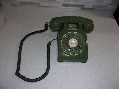 Vintage Avocado Green Western Electric Bell System 500 Rotary Desk Telephone