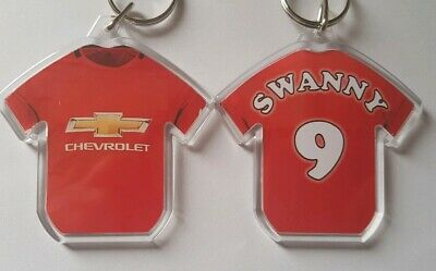 Manchester United FC  style 19/20 personalised keyring with all badges.