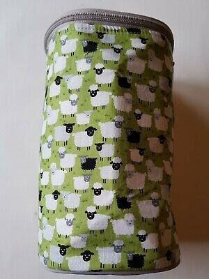 Knitting Wool Ball Holder with green sheeps design 664KB