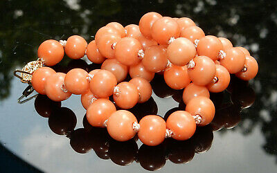 VINTAGE 14K HAND KNOTTED NATURAL MOMO CORAL 10mm BEAD 20 INCH NECKLACE