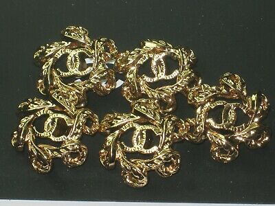 CHANEL  5 CC  LOGO  GOLD  20mm BUTTONS THIS IS FOR A SET OF FIVE