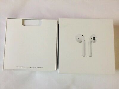 Apple MRXJ2ZM/A AirPods 2nd Generation with Wireless Charging Case