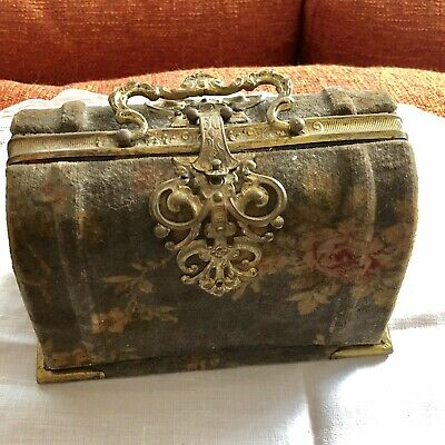 Antique 19Th C French Victorian Printed velvet Figural Purse case box sewing