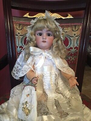 Antique Jutta  Bisque Doll. 26 Inches Tall. Simon Halbig.