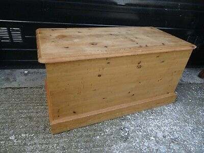 Large Solid Pine Storage Chest Blanket Box