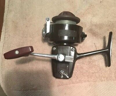 Vintage Daiwa Spinning Reel No. 7300.  Used.