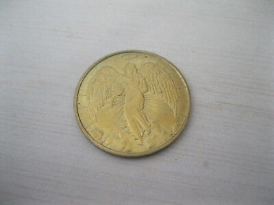 VINTAGE-RELIGIOUS-GOLD-ANGEL-COIN-DOUBLE-SIDED-METAL-VERY-NICE-Christmas-Need