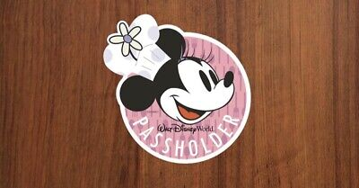 Minnie food and wine festival 2019 Disney Passholder Magnet in hand!!