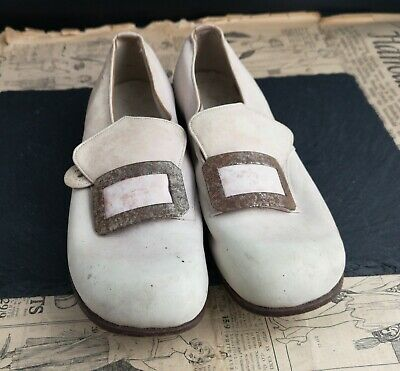 Vintage children's buckle shoes, Start Rite, 1930's