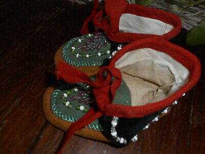 Vintage Leather Beaded Moccasins Baby Child Black Green Unknown Decade
