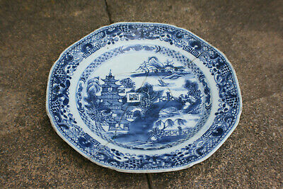 18th Century Chinese Porcelain Blue and White Painted Landscape Plate