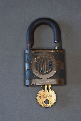 Rare Antique YALE & TOWNE Padlock (early 1900's) w/ Magee Brass Key -works-Brass
