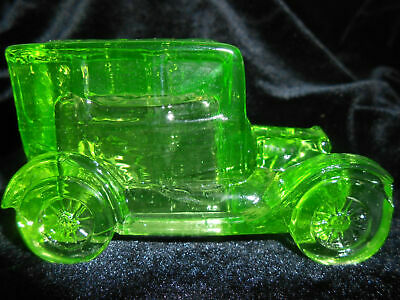 Green Vaseline glass Taxi antique Car sedan uranium candy container ford / glow