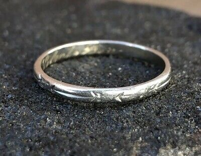 Antique Victorian Art Deco Etched Cupids Arrow Platinum Wedding Band Ring