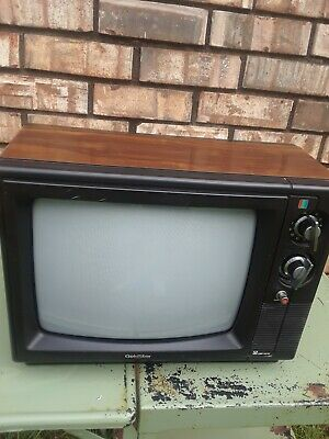 "Vintage Working Goldstar 13"" Wood Paneled Color TV Model CMR-4540"