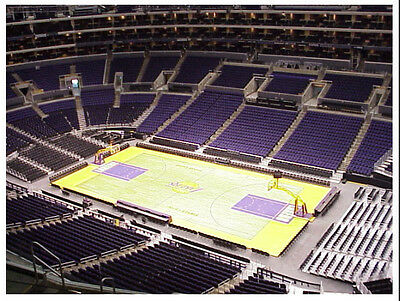 2 New York Knicks vs Los Angeles Lakers Tickets 1/7 2nd Row AD Lebron STAPLES
