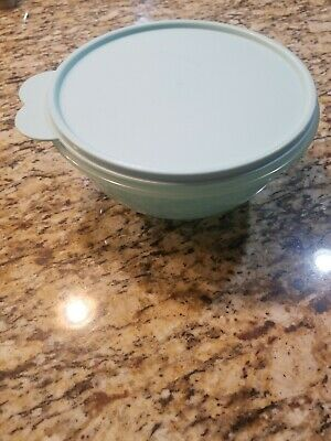 New TUPPERWARE - Wonderlier Bowl blue/MINT/  #2520 with Seal