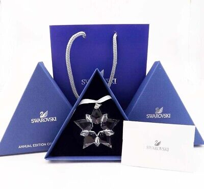 NEW Swarovski Crystal ANNUAL EDITION LARGE CHRISTMAS Star ORNAMENT 5427990