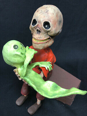 Skeleton Dad & His Ghostie Son On Coffin Candy Container Bobbl Head