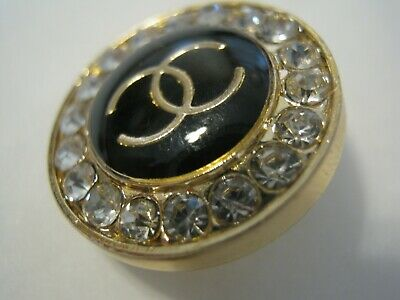 CHANEL  1 AUTHENTIC BLACK gold  cc 18 MM BUTTON THIS IS FOR ONE