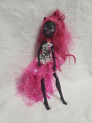 Monster high Catty Noir Doll 13 Wishes Mattel W/outfit