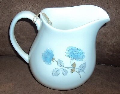 Pitcher Creamer Ice Rose R4306 WEDGWOOD Bone China Made in England Blue Flowers