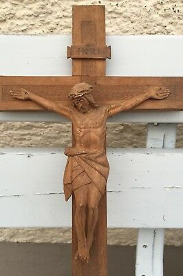 Antique Carved Christ at cross - Handgedchnitzt