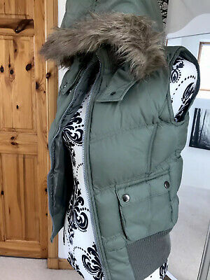 YD Girls 13 Yrs Body Warmer Gilet With Hood And Faux Fur Trim Khaki Green VGC
