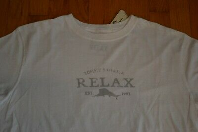 """Tommy Bahama Relax /""""Locally Famous/"""" T-Shirt Men/'s Large Color Graceful Sea NWT"""