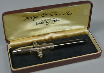 Thayer and Chandler Artist Airbrush 42889A VERY CLEAN CASE Vintage!