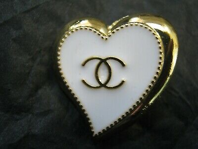 CHANEL  1 AUTHENTIC WHITE GOLD Heart shape BUTTON