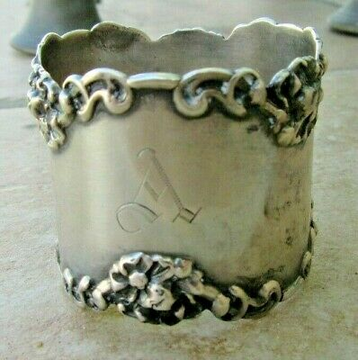 Big ANTIQUE American English STERLING SILVER Repousse Dinner NAPKIN RING HOLDER
