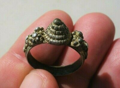 ancient Middle Ages silver - gilt ring, nicely filigree decorated
