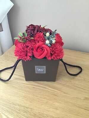 Valentines Gift Soap Flower  Bouquet Red Roses And Carnations