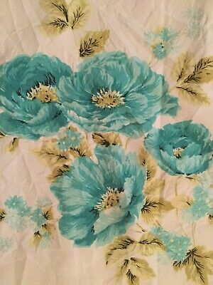 Vintage Printed Tablecloth - Poppies