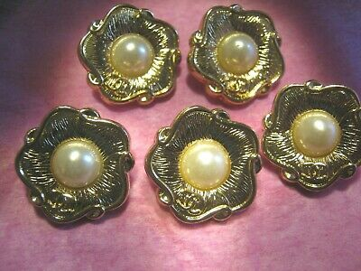 CHANEL 5 CC  gold PEARL  20MM BUTTONS THIS IS FOR a set of 5 stamped