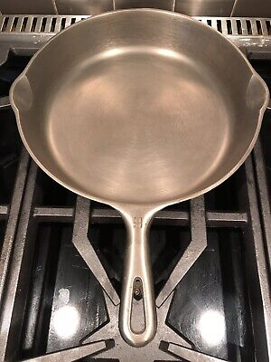 """ANTIQUE GRISWOLD # 9 SMALL LOGO CAST IRON 11 1/4"""" SKILLET FRYINGPAN  LookClosely"""