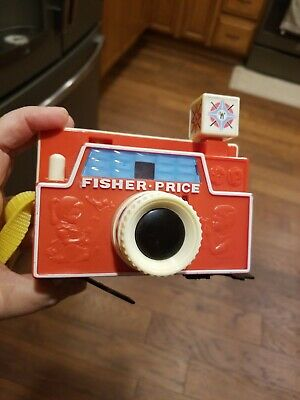 Vintage Fisher Price Toy Camera with one disc  Goldielock's and the 3 bears!
