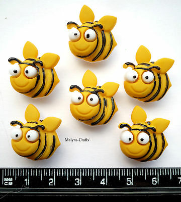 BUG EYED BEES Craft Buttons Novelty Flower Garden Insect Food Honey Plant Bugs