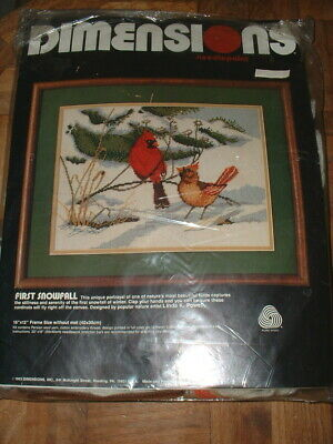 Dimensions Needlepoint Kit 2239 First Snowfall