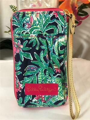 NWOT Lilly Pulitzer Leaf Canvas Zip Around Compact Wallet with Removable Strap