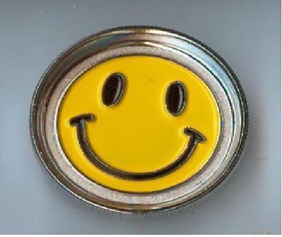 Metal Hand Herb GRINDER 2 Layers Smiley Face Tobacco Smoke Muller - Free Postage