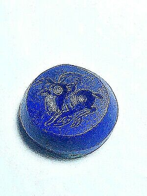 original neat detail antique lapis deer turning head old bead crest stamp