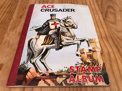 VINTAGE Ace Crusader Stamp Album Collection plus over 450 Worldwide Stamps - G25