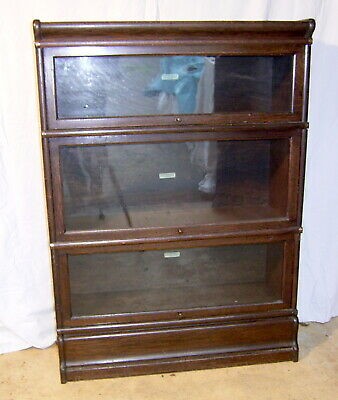 Globe Wernicke Barristers Stacking Bookcase/Display Cabinet. Collect BA3 4XJ