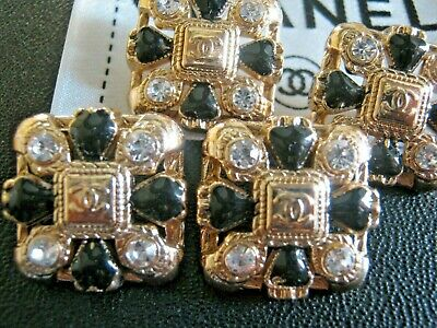 CHANEL  6 AUTHENTIC BLACK GOLD cc 18 MM BUTTONS THIS IS FOR 6