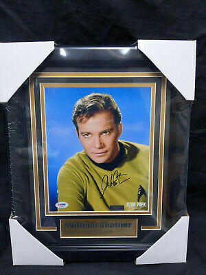 WILLIAM SHATNER Signed 8x10 Photo STAR TREK FRAMED Autograph PSA/DNA COA